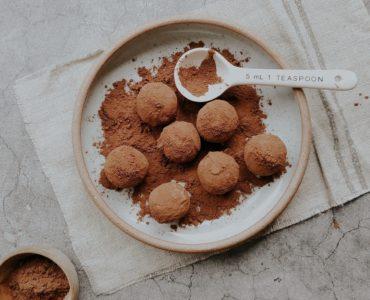 Cocoa and Chia Energy Balls